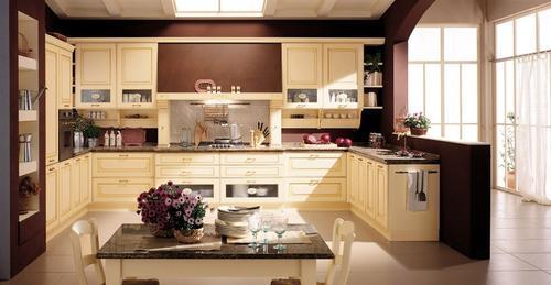 cucine classiche - anta in legno - noce - rovere ...