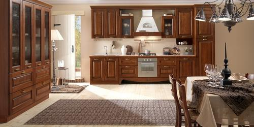 Cucine classiche anta in legno noce rovere for Cucine e salotti insieme