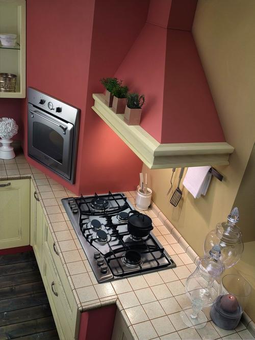 Cucine classiche anta in legno noce rovere frassinato bianco tranch ciliegio for Cucine moderne color ciliegio