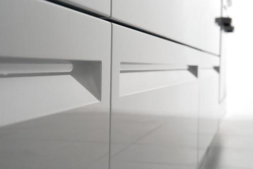 Cucine moderne laccate lucide opache laminato offerte design impiallacciate - Maniglie mobili cucina ...