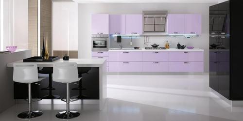 Cucine Moderne Lilla.Cucine Moderne Laccate Lucide Opache Laminato