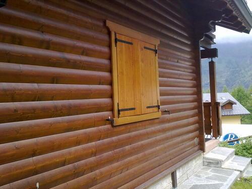 Lavori in legno di falegnameria a misura posa in - Verniciatura a bagno ...