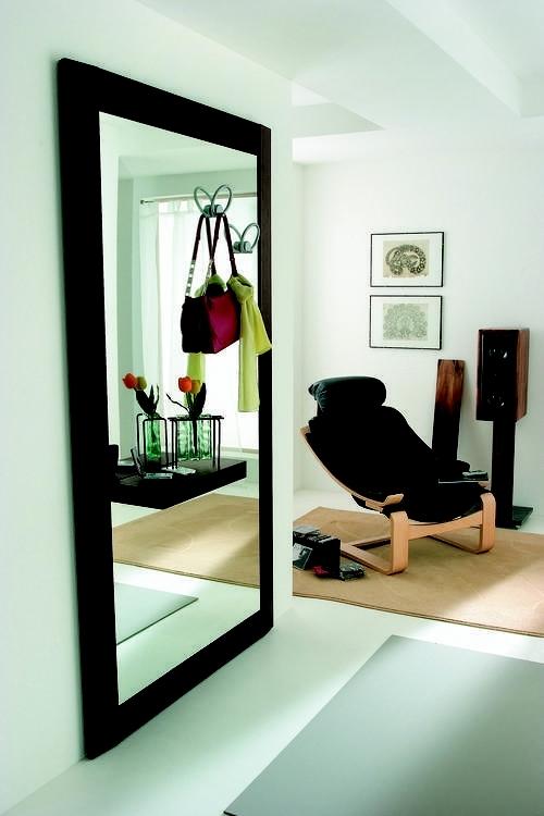 Ingressi moderni primavera riflessi specchio for Specchio moderno per ingresso riflessi