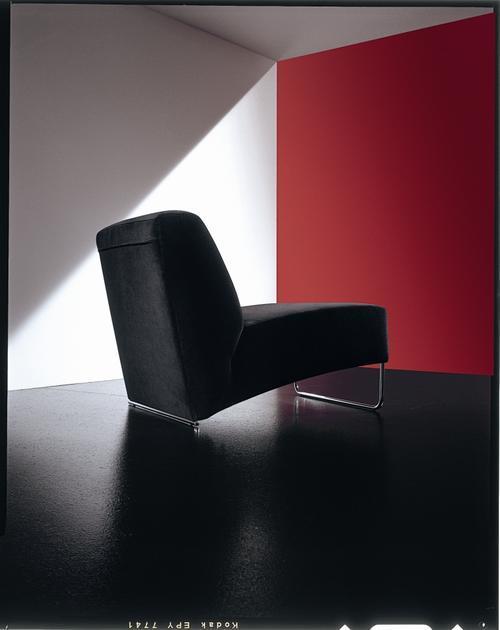 Vendita poltrone moderne imbottite in pelle tessuto - Copridivano chaise longue su misura ...