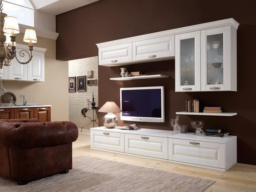 - divani - poltrone - sedie - cucine - soggiorni - camere da letto ...