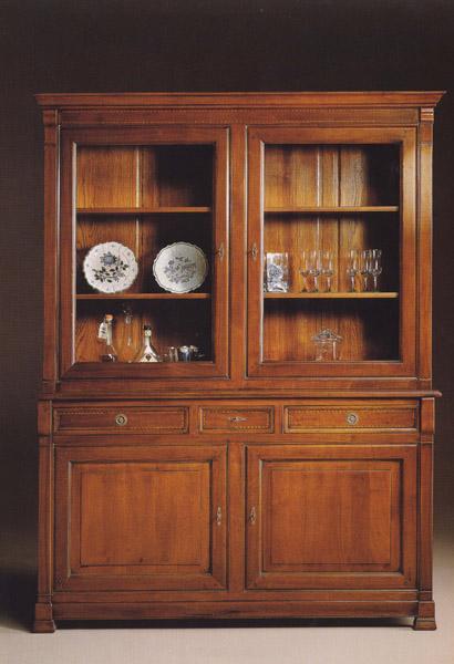 Soggiorni classici imitazioni in stile le fablier for Produzione mobili classici