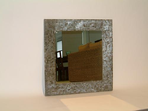 Specchi e specchiere prodotti per arredamento lavorazione su misura bisellatura molatura - Quadri a specchio moderni ...